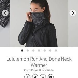 Lululemon neck warmer